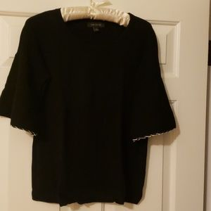 Black short sleeve flare sleeve sweater